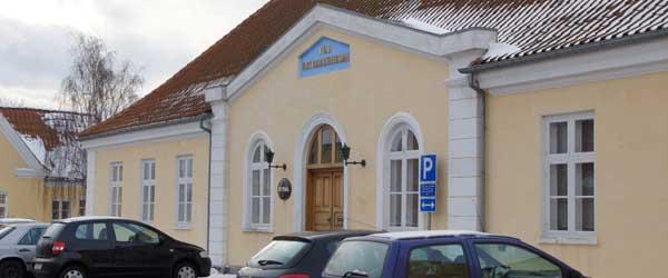 Så er retten i Sæby, Algade 14 atter sat.