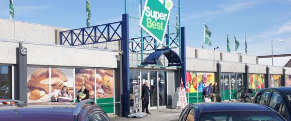 Kæmpe åbningsfest hos SuperBest i Sæby
