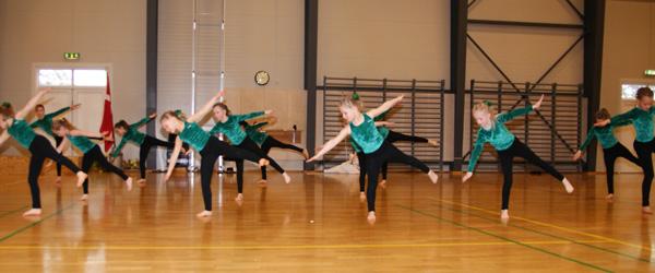 Gymnastikopvisning i Springteam Sæby