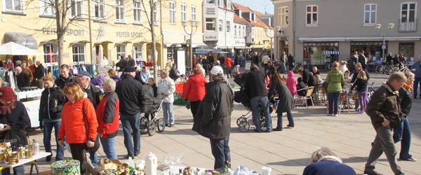 Så kom foråret og turisterne til Sæby