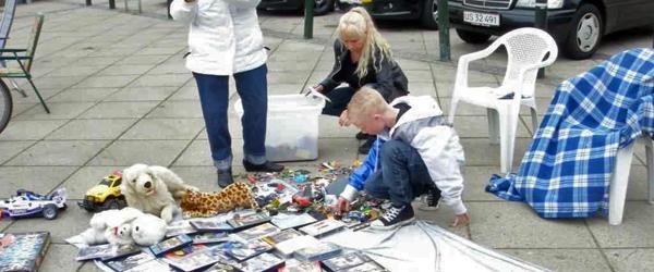 Et godt børneloppemarked på torvet