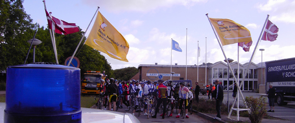 Politifolk startede cykelløb fra Sæby Fritidscenter