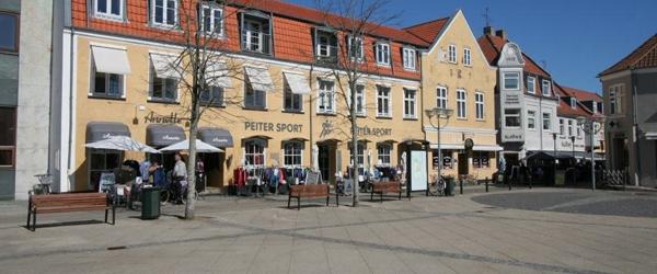 Spændende arrangementer på Sæby Torv i efteråret