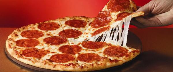 Sæby mesterskab i indtagelse af familiepizza!