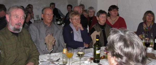 Frivillige optrådte til sangaften på Sæbygård slot