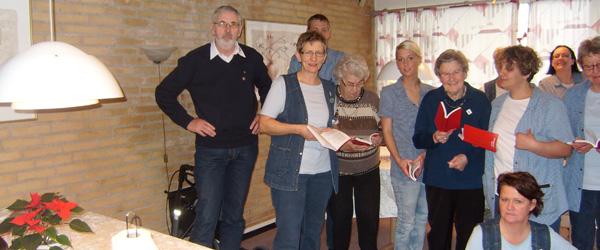 Civitan har doneret 30 senior sangbøger til Sæby Ældrecenter