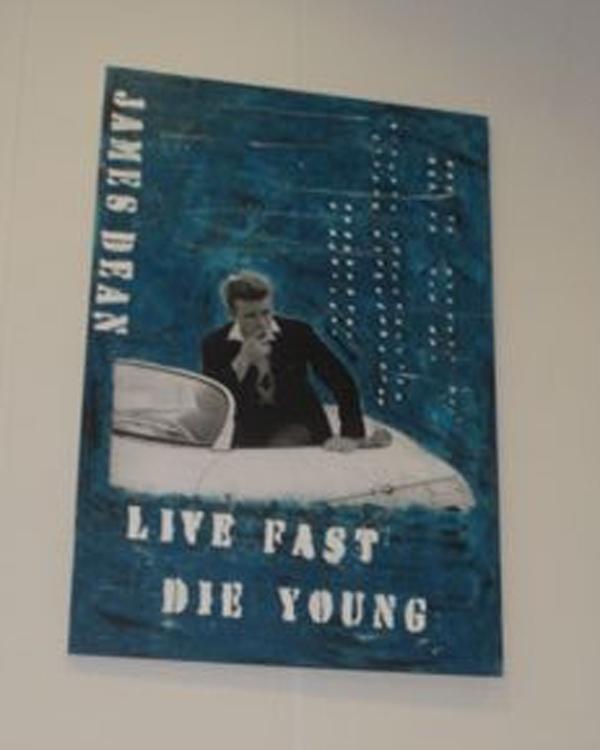 Ny kreativ udstilling på Sæby Bibliotek