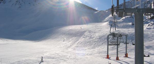 10-årig dreng fra Østervrå faldt ned med skilift