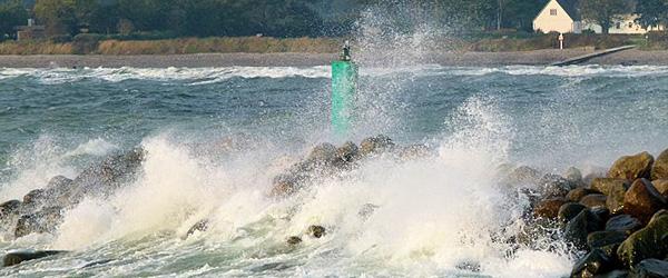 Storm med vindstød af orkanstyrke rammer Sæby