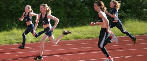 Medvind for Sæby Atletik – både ude og hjemme