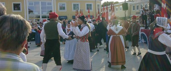 Hele Sæby danser på Torvet – som i 2007