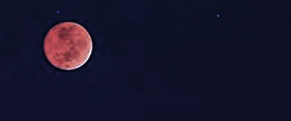 Total måneformørkelse over Sæby i aften