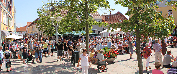 Lørdagens sommervejr gav travlhed i Sæby