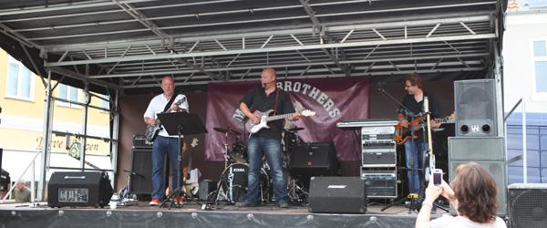 """Guitaristen fra Moose Brothers """"stak af"""" i utide"""