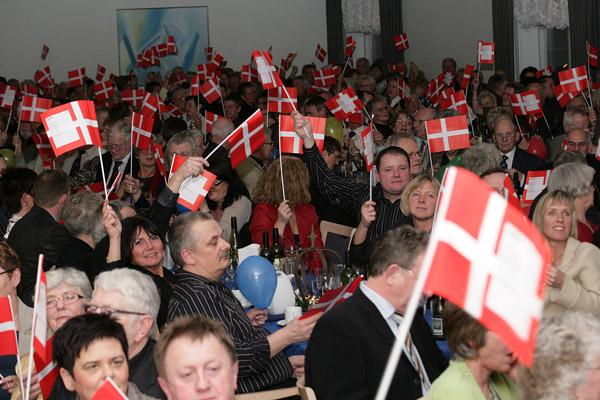 Musikkorps Sæby udfordrer en kendt sanger