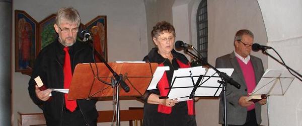 Syng julemåneden ind i Albæk kirke