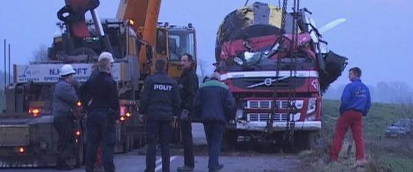 En betonkanon er væltet på Hørbyvej