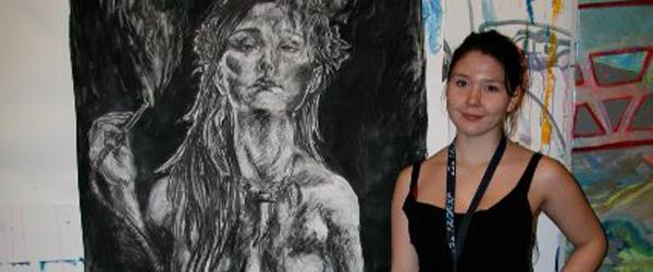 18-årig pige fra Lyngså får soloudstilling på Galleri