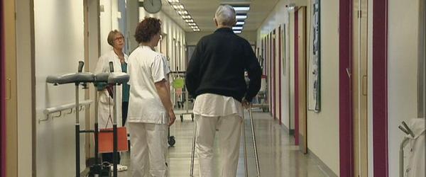 Patienter med hofteproteser indkaldes til kontrol
