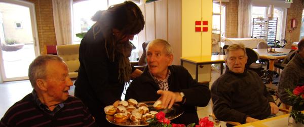 Aktivitetshuset Sæby Ældrecenter bager sig til penge