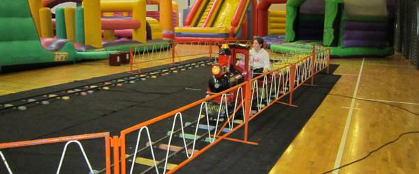 Hop og leg i Sæby Fritidscenter søndag