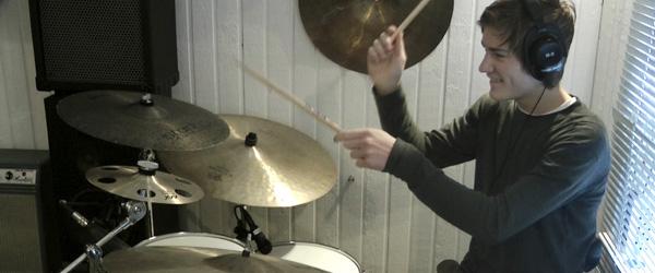 Trommetalent fra Sæby i landsfinale – støt ham på nettet!