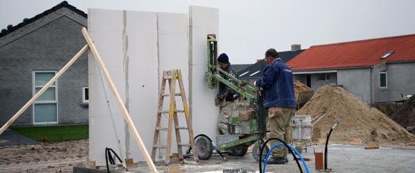 Finans nyt: Dyrere at bygge nyt hus