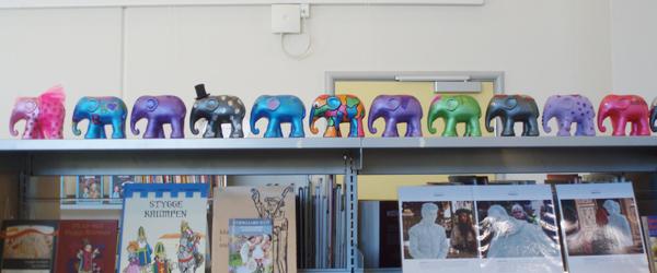 Se elefanten Bodil fra LillePer filmene på biblioteket