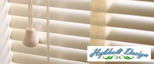 Persienner i tr¾ og aluminium – Bestil Gardinbussen – Textil og