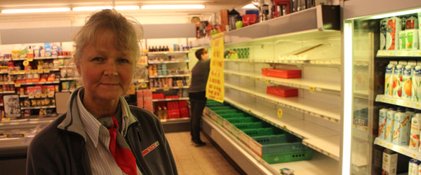 En købmand i Sæby giver snart op!….