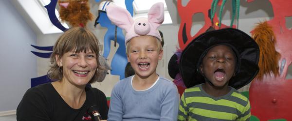 Hatteteater for børn fra 3 – 9 år på Sæby bibliotek