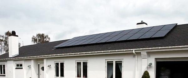Afkast: Solceller slår aktier viser beregninger