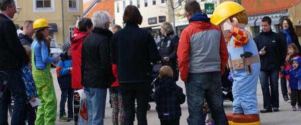 Byggemand Bob indtog Torvet i Sæby