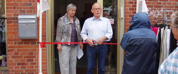 Flot ny Røde Kors butik blev indviet med maner