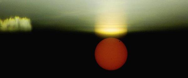 Venus med solformørkelsesbriller !…..