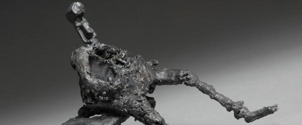 Malerier, bronzeskulpturer og collager i Galleri Færch-P