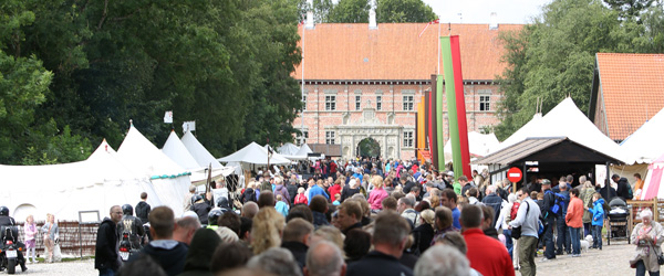 Middelalderen kom atter til Voergaard Slot
