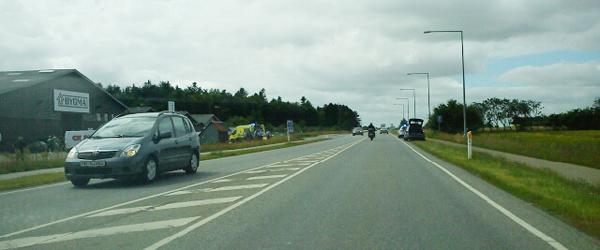 80-årig cyklist påkørt af lastbil i Sæby