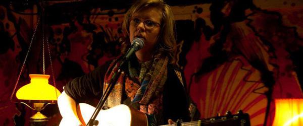 Café-koncert med prisvindende sangskriver