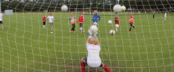 Fodboldskole skød idrætsuge i gang i Voerså
