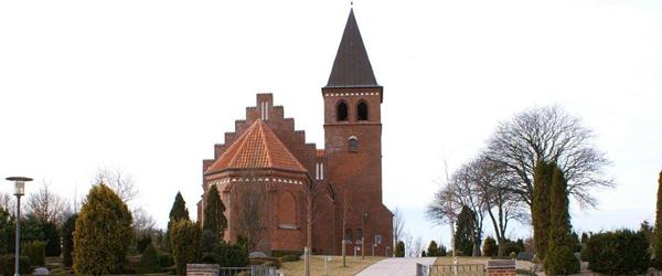 Lyngså kirke: Nytårsaften med midnatsgudstjeneste