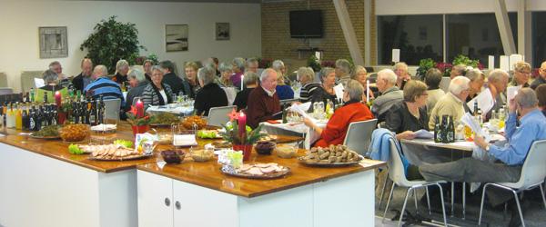 Aktive seniorer hos Firmaidræt holdt julefrokost