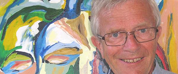 Motorsavs skulpturer og malerier udstilles i Sæby