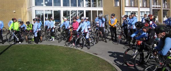 Standerhejsning i Sæby Motions Cykel Club