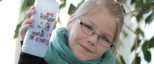 Tegning fra Sæby på 5.000 vandflasker