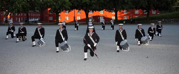 Søværnets Tambourkorps og Sæbygarden giver koncert