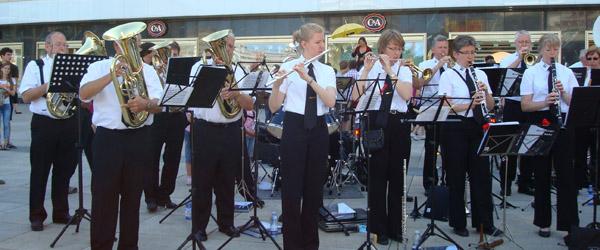 Musikkorpset drager afsted for at fejre Norge