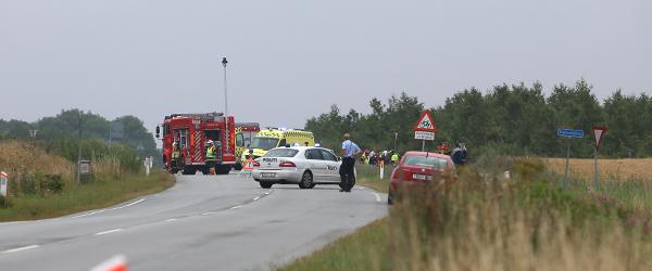 Bil udbrændte efter sammenstød ved Østervrå