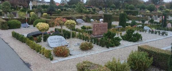 Renoveringen af gravsteder på Sæby Kirkegård