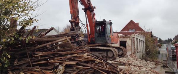 To huse i Dybvad foran nedrivning…